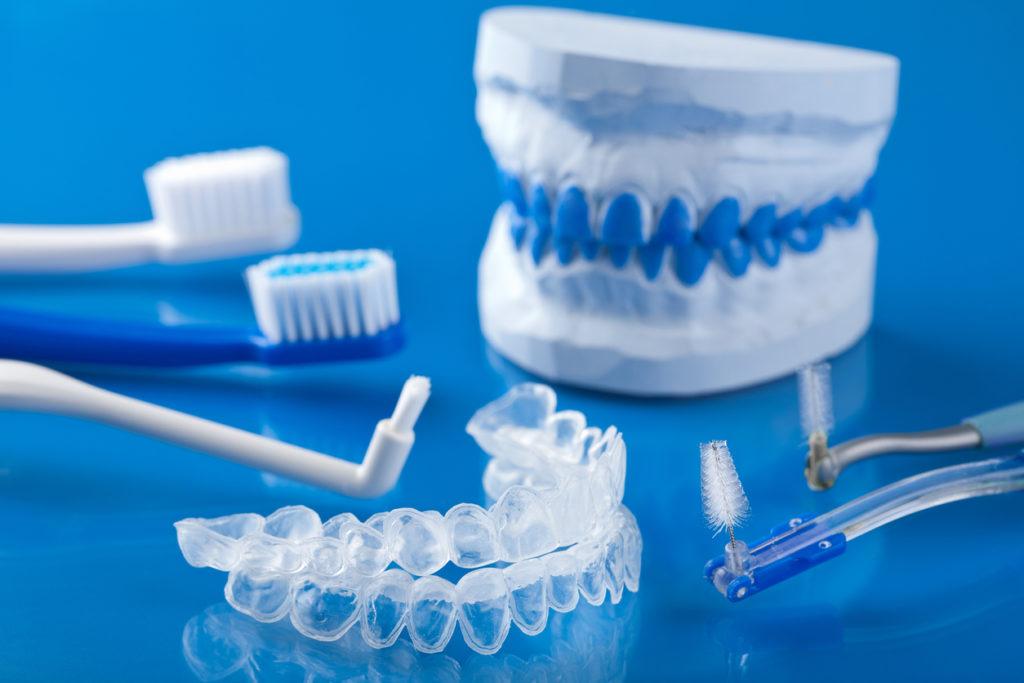روش های سفیدی دندان در خانه