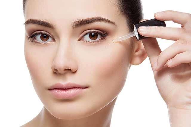 ماسک روغن بادام برای درمان تیرگی دور چشم