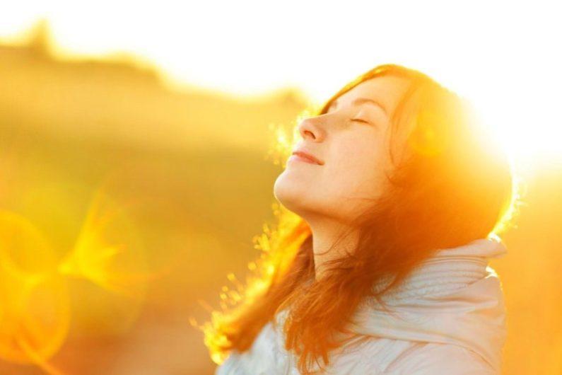 بهترین زمان آفتاب گرفتن برای جذب ویتامین D