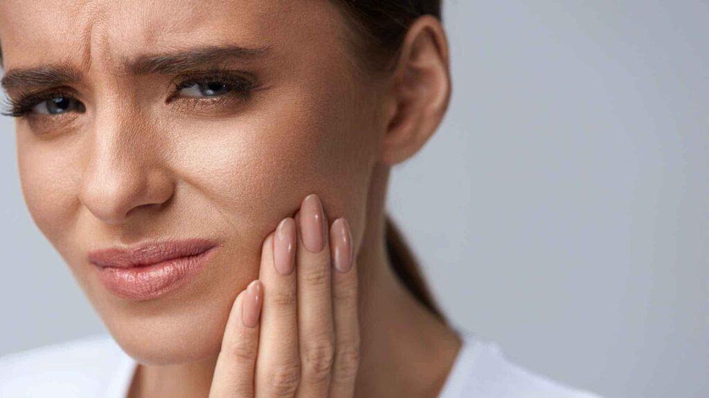 آیا کمبود کلسیم باعث دندان درد میشود