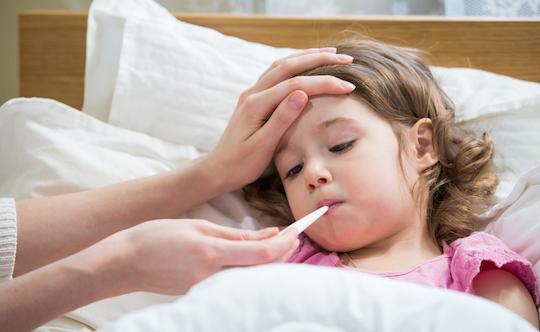 درمان های حانگی تب در کودکان