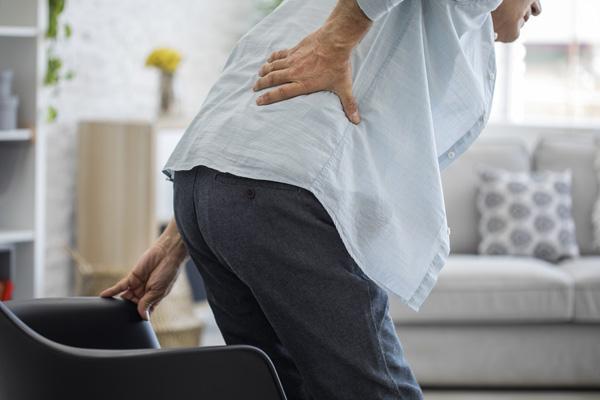 درد لگن هنگام نشستن