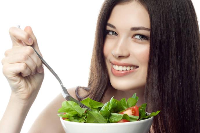 کدام ویتامین ها برای ریزش مو خوب هستند