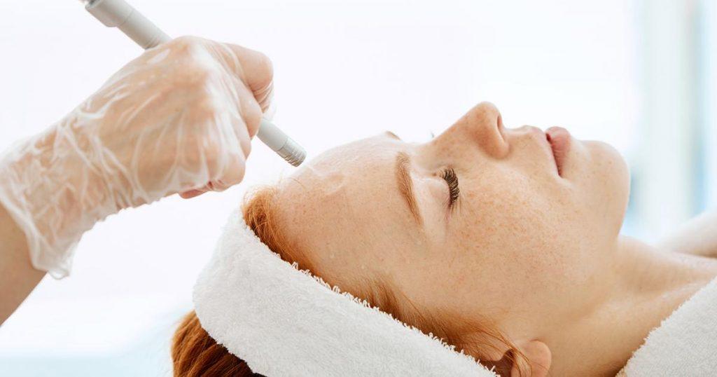 روش های از بین بردن جای جوش روی پوست